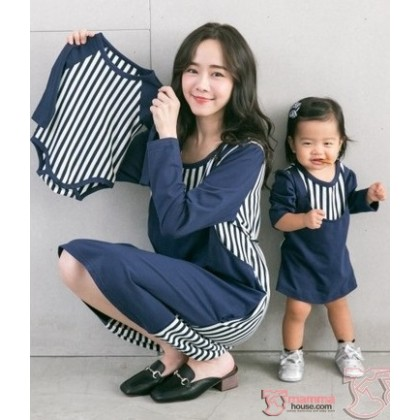 Nursing Set - Vert Stripe Dark Blue LONG (plus baby romper)