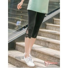 Maternity Capri Legging - V Lace Short Black